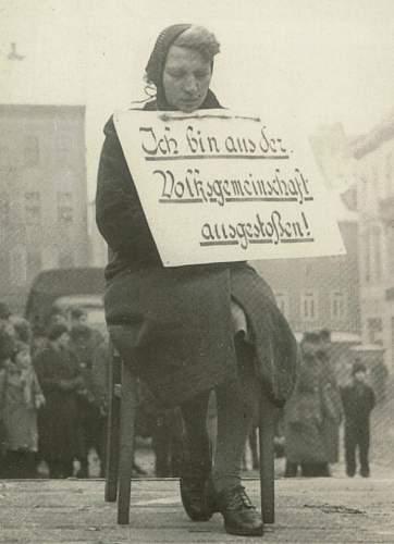 Click image for larger version.  Name:042-NS-rassenschande-terror-dt-frau-ausgestossen-m-schild-Altenburg-7-2-1942.jpg Views:4613 Size:177.5 KB ID:494092