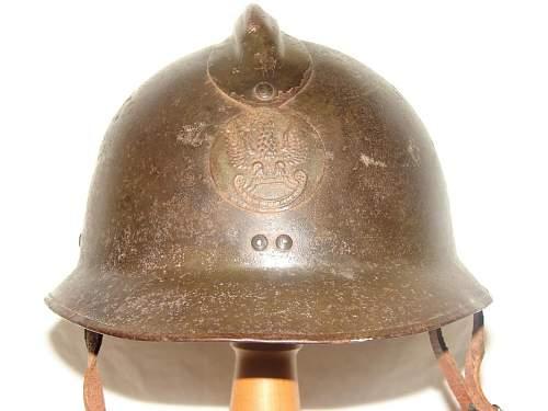 POLISH WW2 Adrian Badge ,GENUINE or FAKE ?????