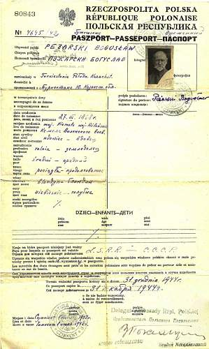 Click image for larger version.  Name:1942 Pol.Temporary passport.-     KAZAKHSTAN.1.jpg Views:204 Size:161.1 KB ID:567429