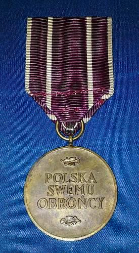 Polska swemu obroncy medal