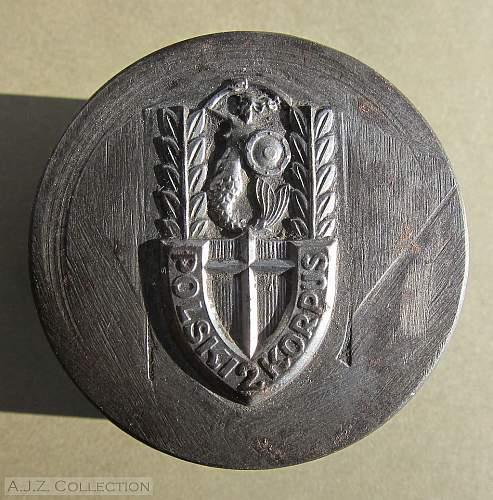 Click image for larger version.  Name:II Korpus Pamiatkowa Odznaka die 001.jpg Views:197 Size:159.6 KB ID:623724
