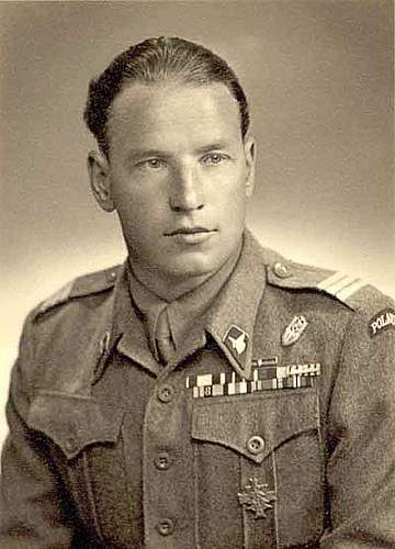 Click image for larger version.  Name:antkowicz_military_portrait.jpg Views:179 Size:81.8 KB ID:623727