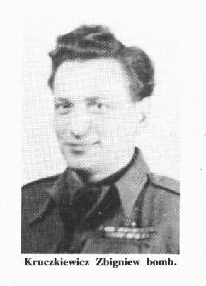 Name:  Kruczkiewicz Zbigniew Bomb MCC 6381.jpg Views: 1224 Size:  33.9 KB
