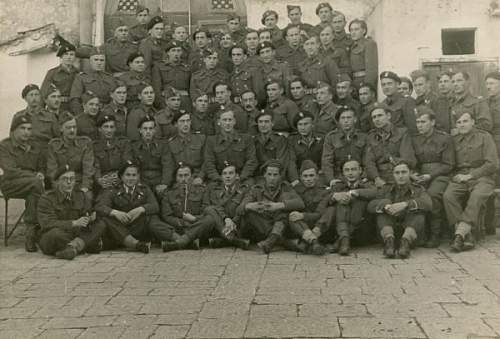 Click image for larger version.  Name:Personnel of the 11th Polish Signals Battalion in Italy, 1944..jpg Views:179 Size:68.2 KB ID:647872