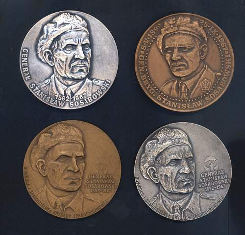 Click image for larger version.  Name:medallions front.jpg Views:48 Size:141.9 KB ID:64885