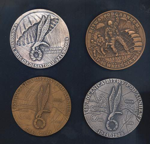 Click image for larger version.  Name:medallions rear.jpg Views:59 Size:196.7 KB ID:64886