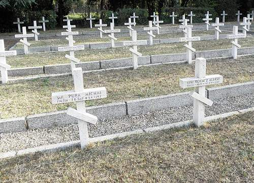 Click image for larger version.  Name:Grave of Sap Michal Pura MCC 25776.jpg Views:104 Size:190.6 KB ID:666408