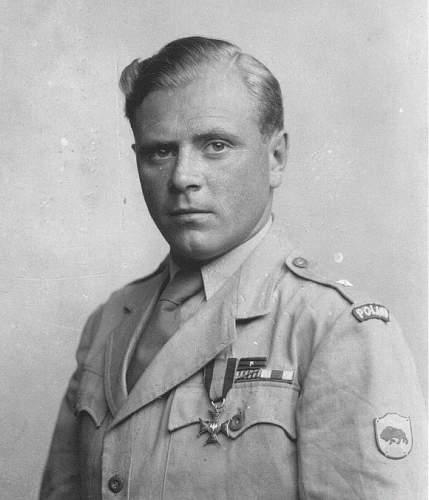 Click image for larger version.  Name:Por sap Jerzy Gradosielski VM British Military Cross.jpg Views:44 Size:95.9 KB ID:686558