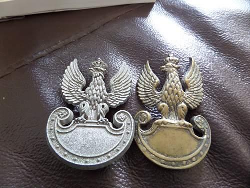 2x Polish cap badges Fea market fnd