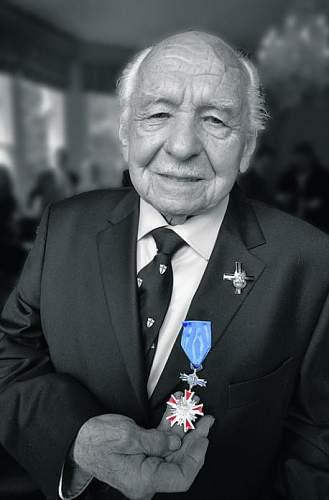 Click image for larger version.  Name:Ulan Walerjan Jaworski PUK MCC 38356 when awarded Order of Merit in 2012.jpg Views:63 Size:33.5 KB ID:691010