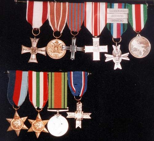 Click image for larger version.  Name:Waclaw Maj Medals inc MCC 38472.jpg Views:132 Size:129.1 KB ID:691015