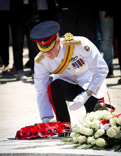 Click image for larger version.  Name:Prince Harry laying his wreath.jpg Views:56 Size:215.6 KB ID:691088
