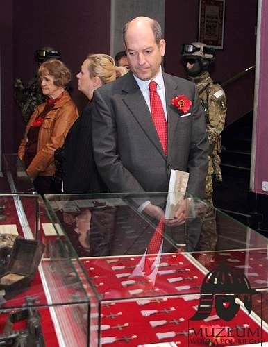 Click image for larger version.  Name:12th May Warsaw Army Museum Monte Cassino Exhibition.jpg Views:49 Size:91.1 KB ID:692976