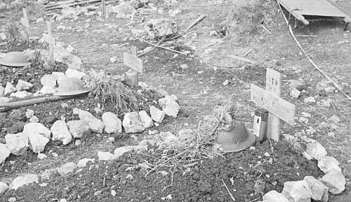 Click image for larger version.  Name:Grave of Strz Tadeusz Kozlowski MCC.jpg Views:340 Size:115.9 KB ID:695160