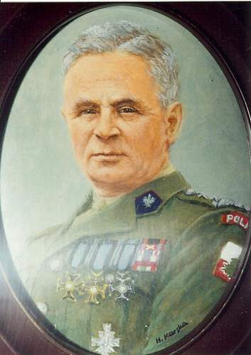 Click image for larger version.  Name:General Bronislaw Duch.jpg Views:218 Size:70.6 KB ID:701156