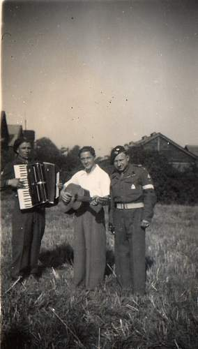 Click image for larger version.  Name:England 1947.jpg Views:44 Size:121.4 KB ID:757419