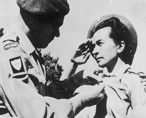 Click image for larger version.  Name:General Zygmunt Szyszko Bohusz decorating Przod Stanislawa Biernacka with KW .jpg Views:122 Size:97.9 KB ID:793557