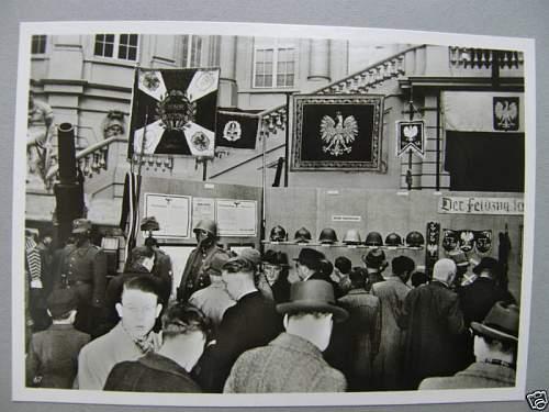 Click image for larger version.  Name:ORIGINAL GERMAN PHOTO EXHIBITION POLISH TROPHIES.jpg Views:51 Size:65.8 KB ID:79882