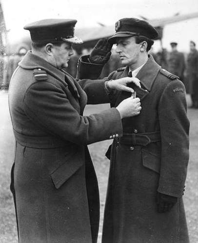 Click image for larger version.  Name:Gladych receiving his DFC.jpg Views:82 Size:52.3 KB ID:816530