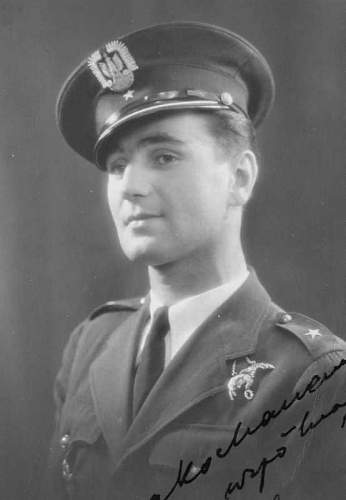 Click image for larger version.  Name:P0506 Stanislaw Wandzilak OBE DFC AFC pre war photograph.jpg Views:151 Size:19.0 KB ID:816997