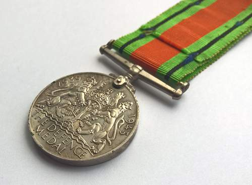 Click image for larger version.  Name:MonteCassino_DefenceMedal_4.jpg Views:48 Size:136.4 KB ID:825195