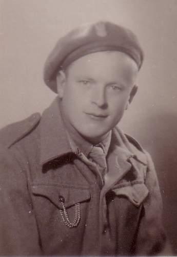 Click image for larger version.  Name:W Zawadzki 28 XI 1945 portrait.jpg Views:35 Size:38.8 KB ID:828892