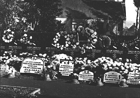 Name:  Poolse graven roeselare.jpg Views: 82 Size:  79.7 KB