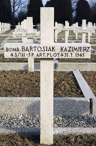 Click image for larger version.  Name:Bomb Kazimierz Bartosiak MCC 2542.jpg Views:33 Size:105.8 KB ID:838312