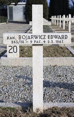 Click image for larger version.  Name:Kanonier Edward Bojarowicz 9PAC MCC 33182.jpg Views:13 Size:108.9 KB ID:839040
