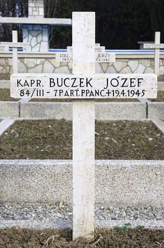 Click image for larger version.  Name:Kapral Jozef Buczek MCC 35060.jpg Views:17 Size:204.8 KB ID:839046