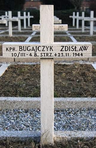 Click image for larger version.  Name:Kapral Zdzislaw Bugajczyk 4BSK MCC 3044.jpg Views:14 Size:185.6 KB ID:839047