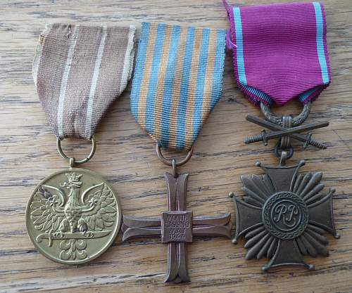 Monte Cassino Cross 40833 and Merit Cross with Swords