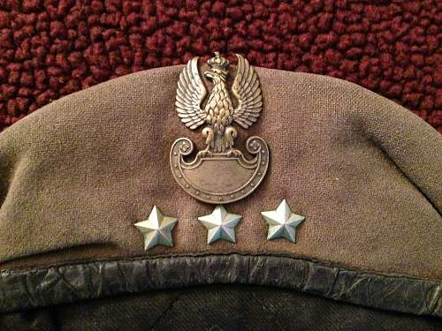 Click image for larger version.  Name:beret2.jpg Views:78 Size:123.2 KB ID:890900