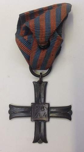Click image for larger version.  Name:Monte Cassion Cross reverse.jpg Views:42 Size:109.0 KB ID:899907
