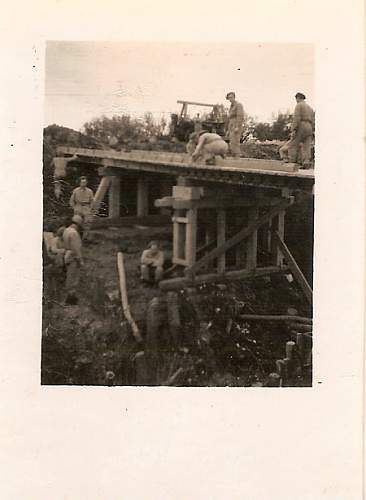 Click image for larger version.  Name:Capua Luty 1945.jpg Views:75 Size:94.8 KB ID:91355