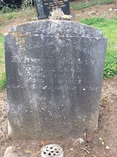 Click image for larger version.  Name:Zygmunt Strzegocki grave .jpg Views:183 Size:206.8 KB ID:956055