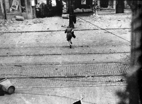 Name:  Warsaw Uprising Courier crossing street under fire.jpg