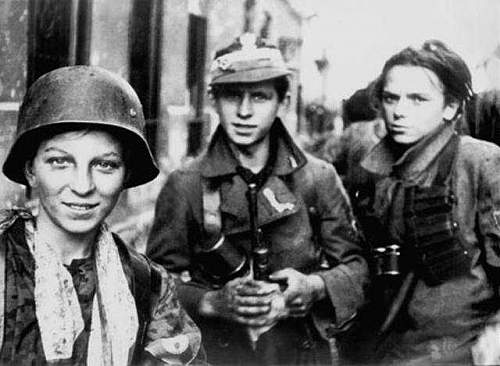Click image for larger version.  Name:warsaw uprising boy scouts.jpg Views:806 Size:35.8 KB ID:399661