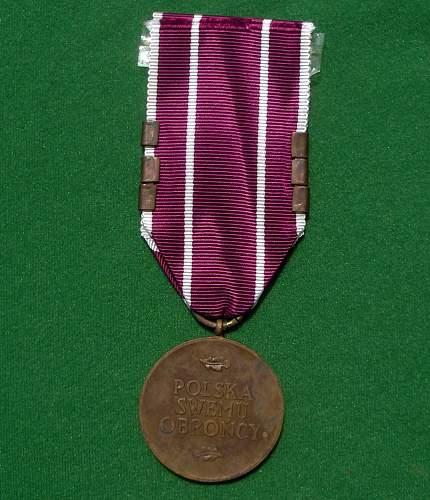 Click image for larger version.  Name:Pol Medalem Wojska rev.jpg Views:77 Size:225.9 KB ID:541048