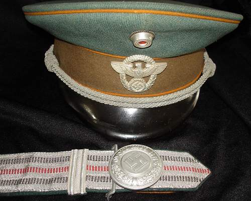 Polizei officers Brocade belt and buckle information please