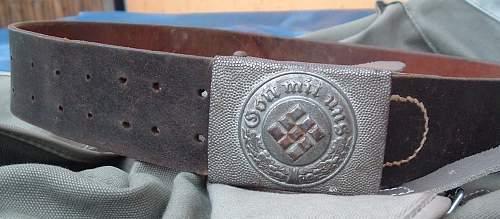 Denazified Police Buckle & Belt