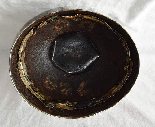 post WWII British para helmets