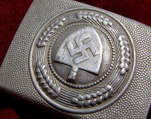 i need help  if this is a real RAD buckle