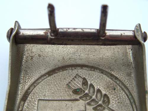 Click image for larger version.  Name:M4_39 Nickel over steel F W Assmann & Sohne Ludenscheid FAD Buckle Mark under prong sleeve.jpg Views:136 Size:114.7 KB ID:459125