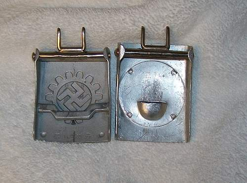 Rad buckle two piece posiible maker ?