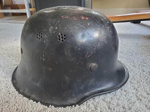 Help Identifying German WW2 Helmet