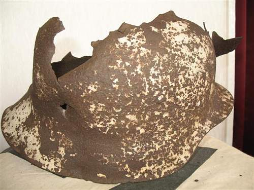 Click image for larger version.  Name:helmet collection 043 (Small).jpg Views:22 Size:63.9 KB ID:28845