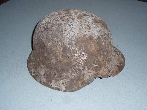 Click image for larger version.  Name:Snow Camo Dug Helmet 01.jpg Views:122 Size:48.8 KB ID:35724