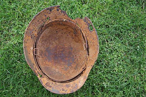 wehrmacht single decal helmet relic from sword beach