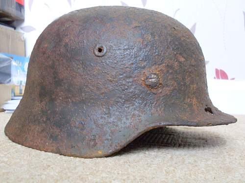 M35 Heer single decal relic.